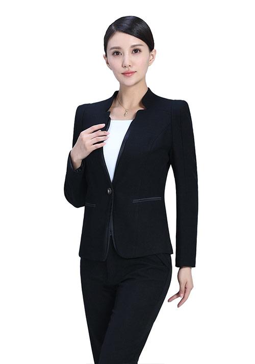女性穿一步裙对修饰身材有哪些优势?